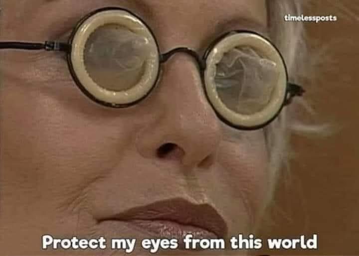 Mắt kính ba con sâu, bảo vệ đôi mắt của mình khỏi thế giới này
