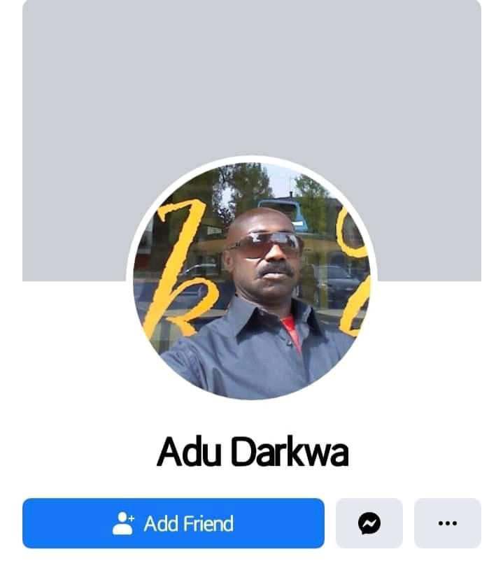 Facebook của anh da đen có tên Adu Darkwa (á đù dark quá)