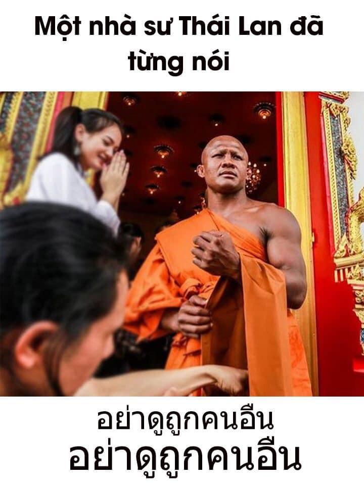 Một nhà sư Thái Lan đã từng nói toàn chữ Thái Lan